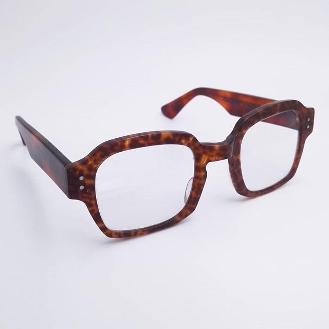 b902f9cc71 Design your own eyeglasses Optical Innovations Kansas City 1